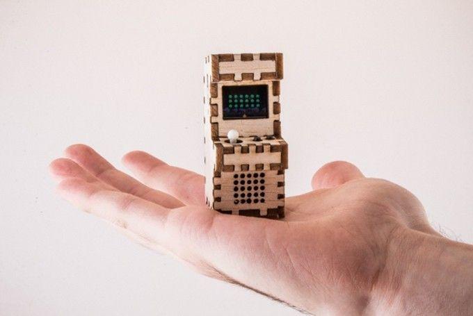손바닥 위에 올라간 아케이드 게임 -테크홀릭 http://techholic.co.kr/archives/45044