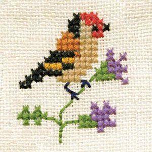 EMBROIDERY – CROSS-STITCH / BORDERIE / BORDUURWERK - BIRD / OISEAU / VOGEL - Gevonden Geluk! Poster Vogeltje op bloem borduurwerk
