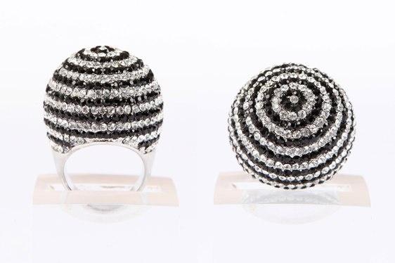 Crystal Ball Ring - Black & Silver