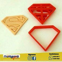 Cortador Sello de Superman. . Precios por el direct o a nuestro whatsapp. . . #multiglobal #tiendavirtualpty #panamacity #cakesuppliespanama #utensiliosdereposteria #cortadores #superman #fondant #dulcespty