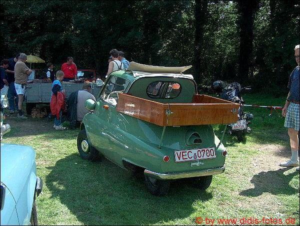 """BMW """"Isetta"""" mit Ladefläche"""