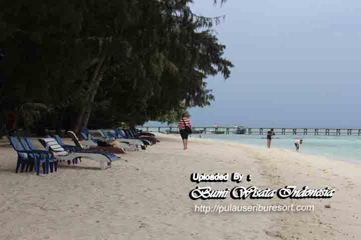 The beautiful beach of Sepa Island | Keindahan Pantai Pulau Sepa Kepulauan Seribu.