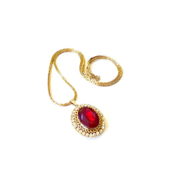 Chunky Red Jewel Necklace- 80s, Statement Jewelry, Gold and Red ($24) ❤ liked on Polyvore featuring jewelry, necklaces, chunky gold necklace, red pendant necklace, chunky necklaces, red chunky necklace and yellow gold pendant necklace