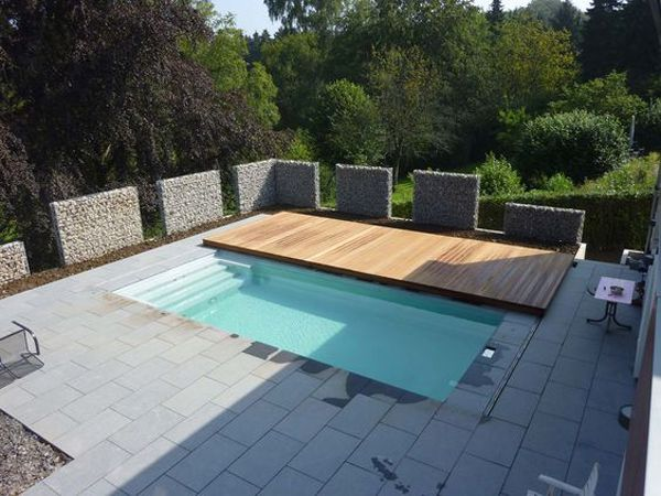 Unique And Functional Rolling Deck For Your Pools Styles Decor Garden Pool Small Pool Design Pool Decks