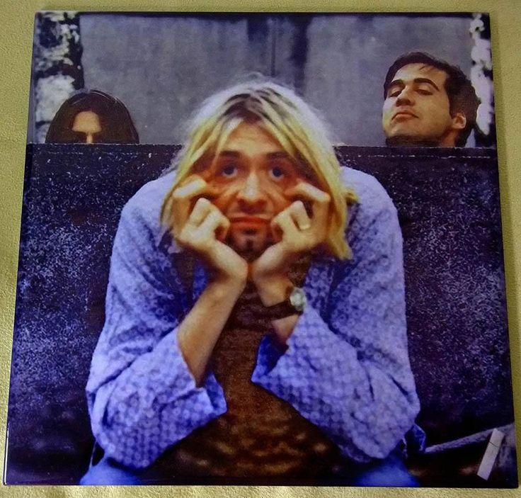 Foto na banda Nirvana com Curt Kobain à frente!!!
