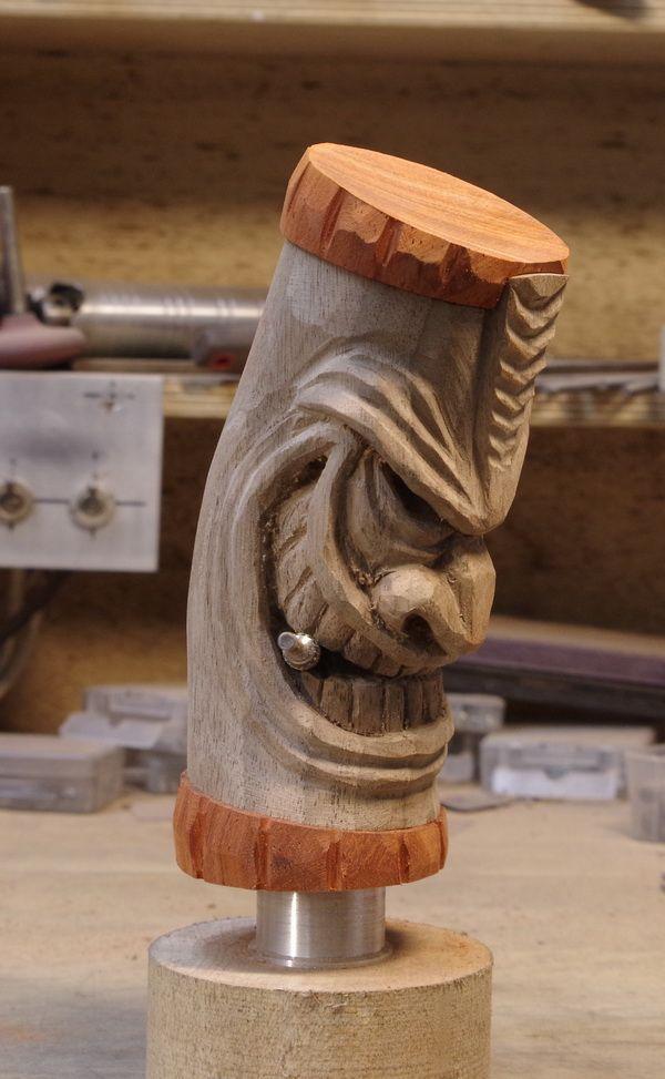 Tiki carving: shifter