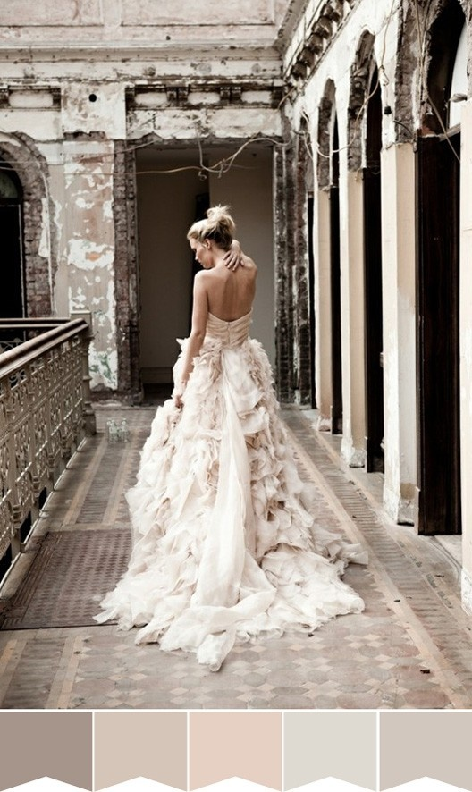 Cannot Believe I am posting a wedding dress..but this is a stunning dress & photo!