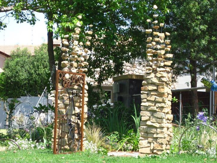 Disappearing stone pillars,Mystical garden entrance