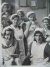 Foto van verpleegsters, waarschijnlijk genomen in de Boerhaveklikiek in Amsterdam.