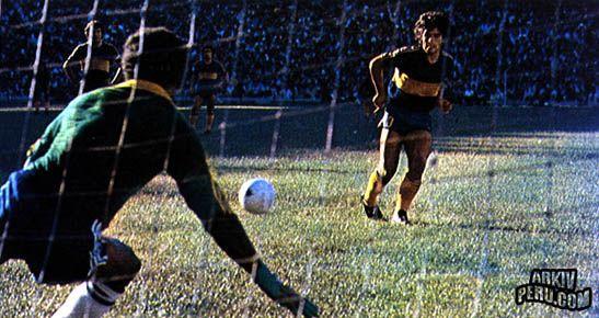 Grande destaque do Argentinos Juniors, desde 1976, quando fez seu primeiro jogo…