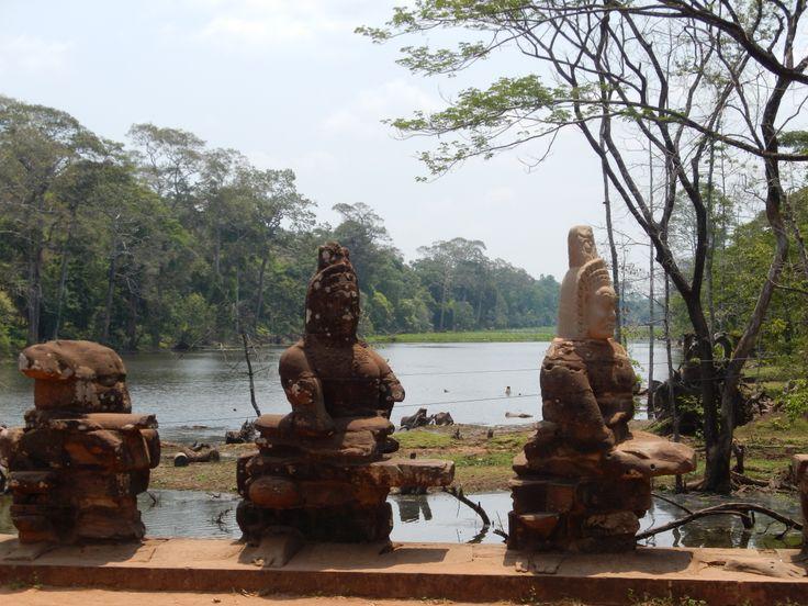 Restoration work at the bridge to Angkor Thom