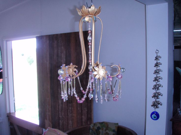 old light fitting prettied up