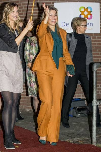 Queen Máxima attended celebration 90th anniversary community center Sparrows 18 Nov 2016