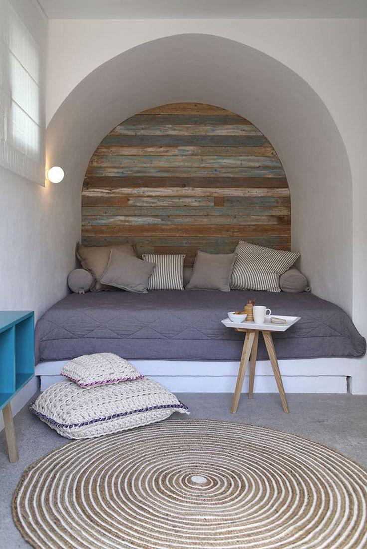 Le côté rustique et les matériaux naturels sont mis en valeur dans le design intérieur