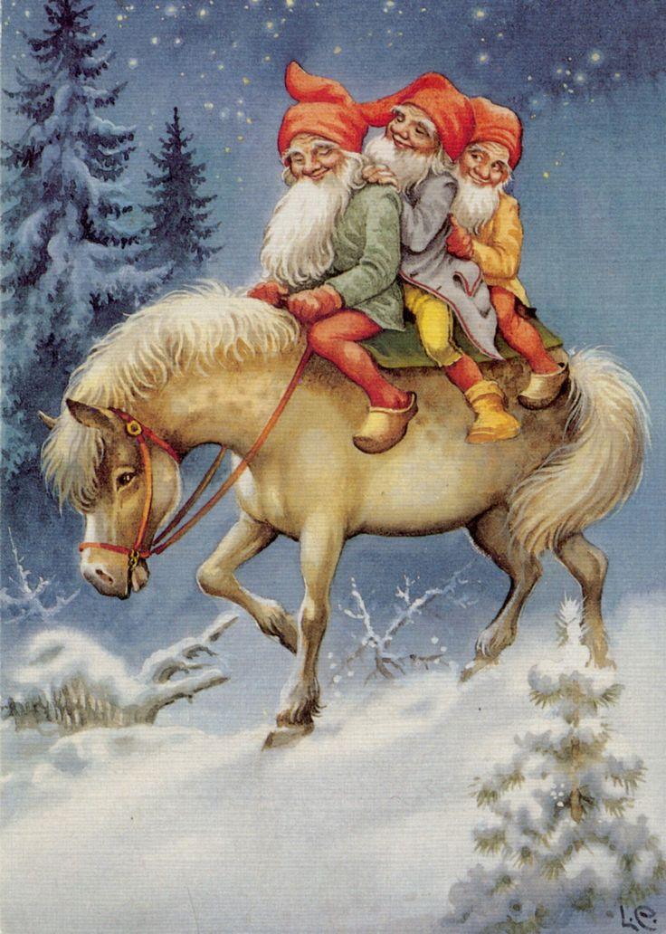 pony  Santa Gnome
