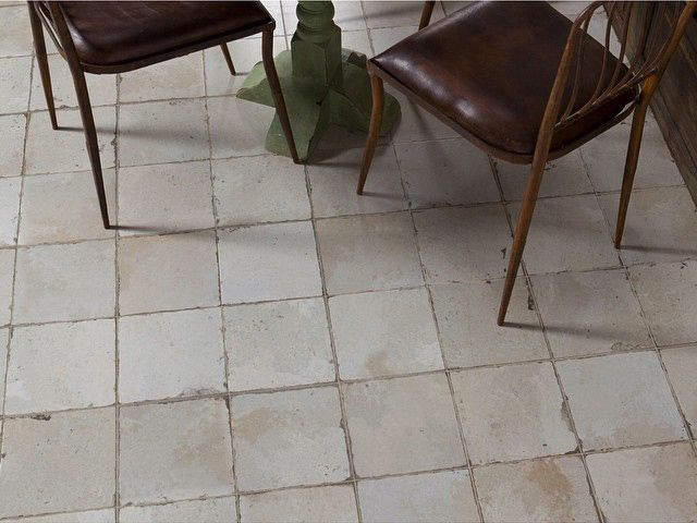 FS BY PERONDA 45x45 #tile #tiles #Sangahtile #interior #design #interiordesign #floor #wall #beige #vintage #old #industrial #타일 #인테리어 #디자인 #바닥 #빈티지 #인더스트리얼 #소품 #디스플레이 #인테리어매장 #가구