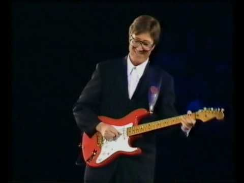 RIDERS IN THE SKY - HANK MARVIN -2000 - YouTube