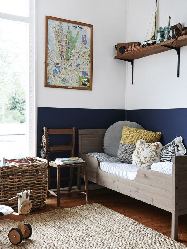 Youthful Bedroom Color Schemes - navy and neutral colors