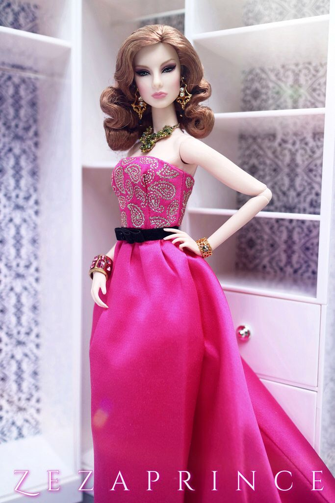 1927 best Barbie Prom Dress images on Pinterest | Barbie doll ...