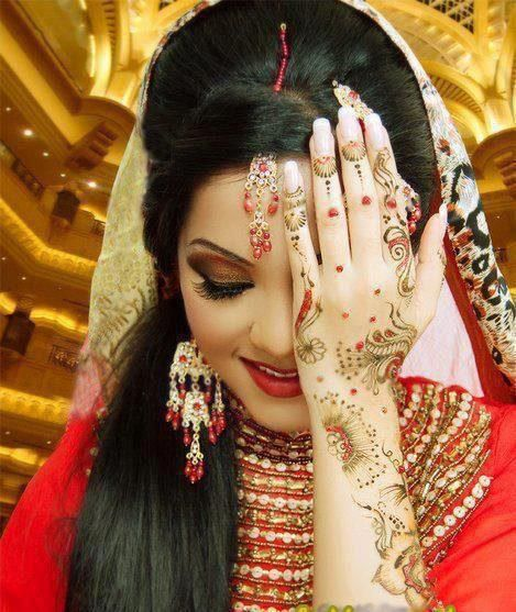 Bridal Mehndi Tiki : Glitter mehndi tiki pics designs henna tattoos girls