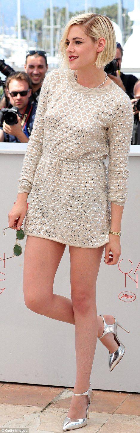 Cannes 2016. Kristen Stewart in Chanel dress and Giuseppe Zanotti metallic heels (5)