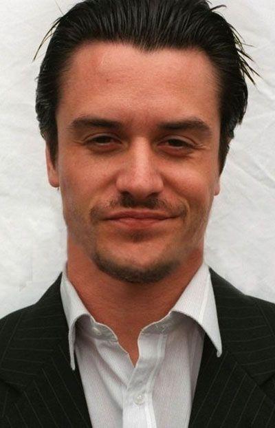 Mike Patton (Майк Паттон). Родился 27 января 1968 года.