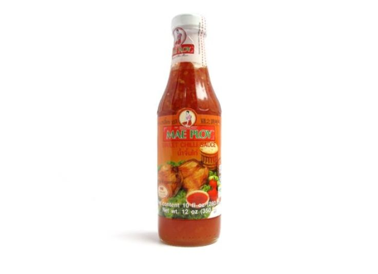 """Thai Sweet Chili Sauce  Heat: Almost undetectable    Main ingredients: Sugar, chili, vinegar, garlic    Comments: """"Tastes like sweet and sour sauce."""" """"Sweet and less spicy than I expected.""""    Goes well with: Chicken, fried fish, egg rolls, Asian dishes, fries"""