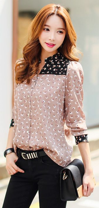 StyleOnme_Two-Tone Floral Patterned Mandarin Collar V-Neck Blouse #floral…