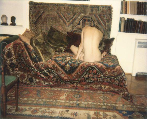 Photographer: Juergen Teller  Title: Sigmund Freud's Couch (Malgosia), London, 2006  © Juergen Teller