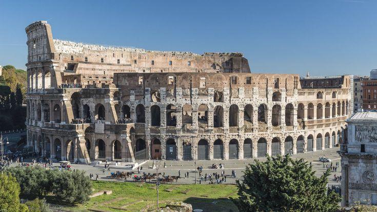 Rom, der Legende nach im Jahr 753 v. Chr. von Romulus und Remus gegründet, war die erste Hauptstadt der Römischen Republik und dann des Römischen Kaiserreichs. Im vierten Jahrhundert wurde sie zur Hauptstadt der christlichen Welt. Das als Welterbe ausgewiesene historische Zentrum umfasst neben einigen der wichtigsten Monumente der römischen Antike auch kirchliche und weltliche Gebäude des päpstlichen Roms. Das Kolosseum gehört zu den berühmtesten Bauwerken Europas.....