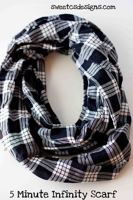 5 Minute Infinity Scarf- 1 yard of fabric and 5 minutes and you have an awesome scarf!.