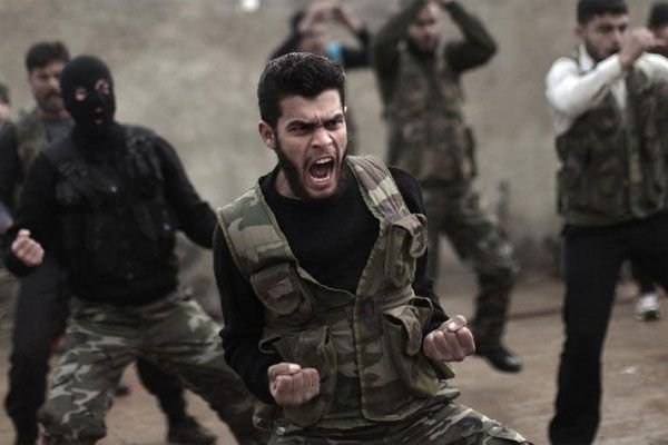 Only 60 Syrian rebels are currently being trained by the U.S. to fight ISIS, Defense Secretary Ashton Carter said Tuesday.