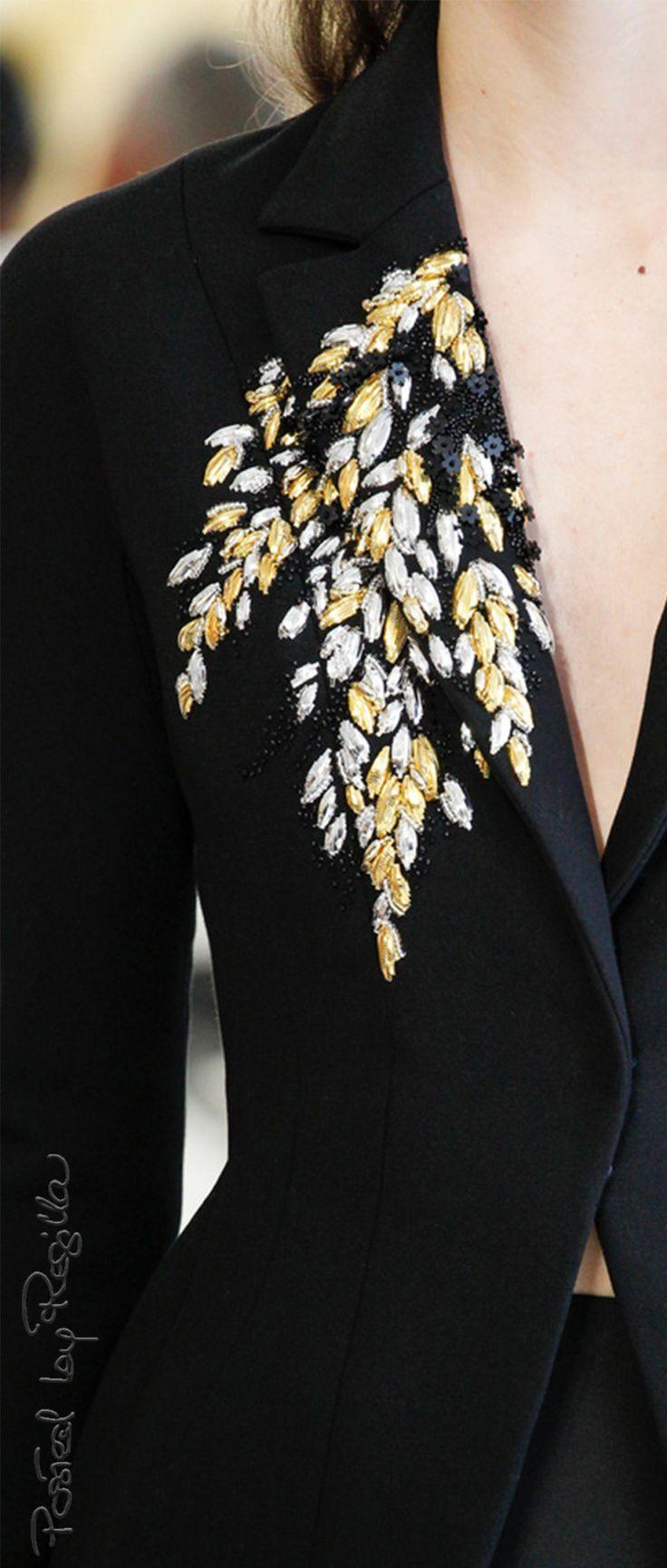 Regilla ⚜️ Christian Dior Couture Fall/Winter 2017                                                                                                                                                      More