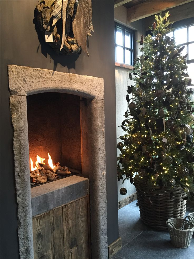 Christmas tree and fire place height