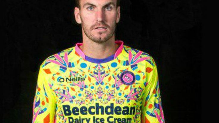 Psychedelic #Goalkeeping #Kit Designed To Alter Striker's Consciousness. #soccerswag #socceruniforms #goalkeeper #gk #soccerkits