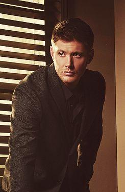 Jensen Ackles  #Supernatural  season 9 promo THOSE CLOTHES <<<< I agree !