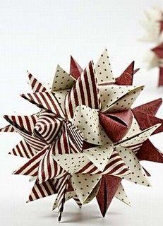 Mange af os har prøvet at flette julesterner ud af strimler. Har I set denne smarte version af den klassiske julestjerne fra Creativ Company? Jeg er helt vild med den, og den er ikke svær at lave, det er bare at følge vejledningen på Creativ Companys hjemmeside.