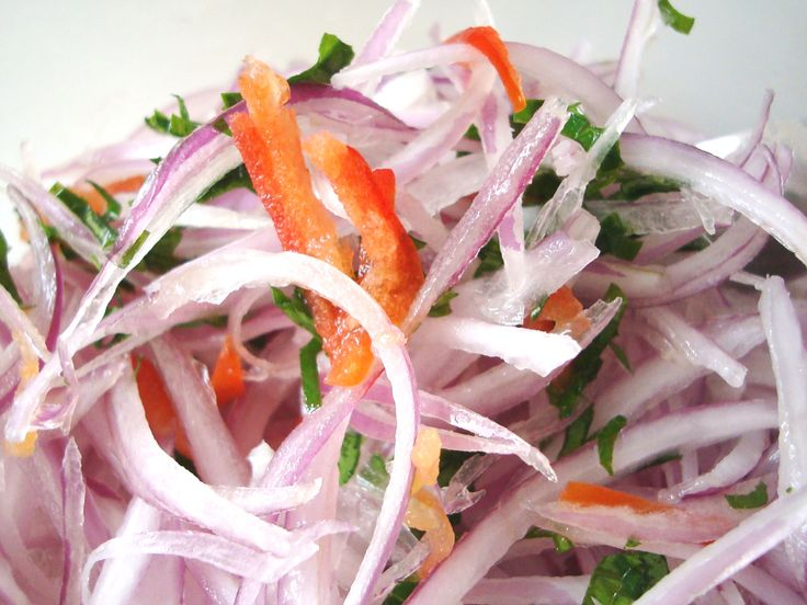 Salsa criolla, the perfect complement