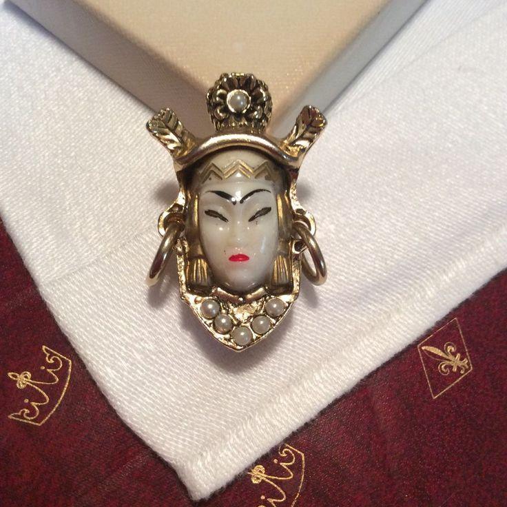 Body she Asian princess ring