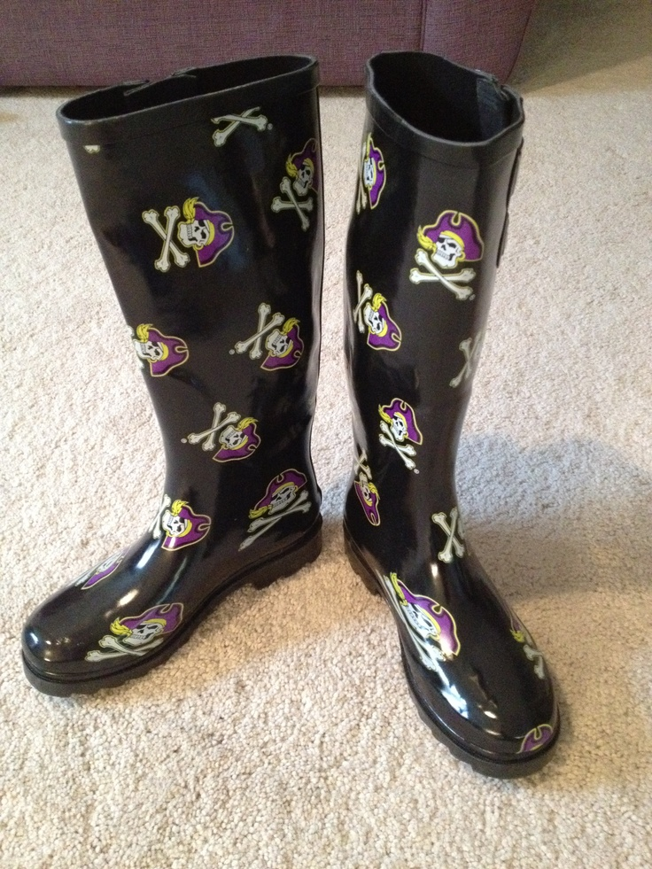 Let's face it: it rains in Greenville. These rain boots will not only protect your feet and keep them toasty, but will also protect your heart of [purple and] gold.