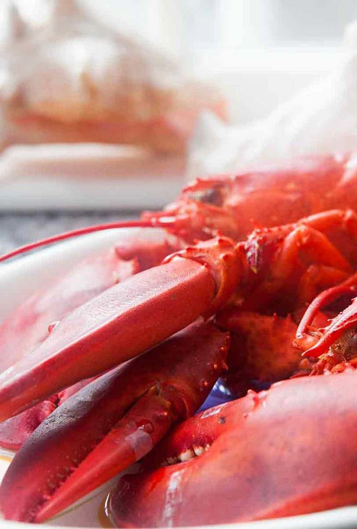 how to cook lobster boil