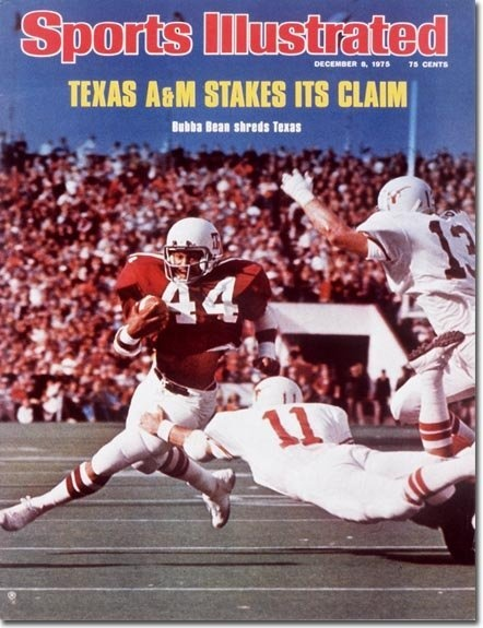 1977 Dave Campbell's Texas Football magazine summer edition . 290 pages