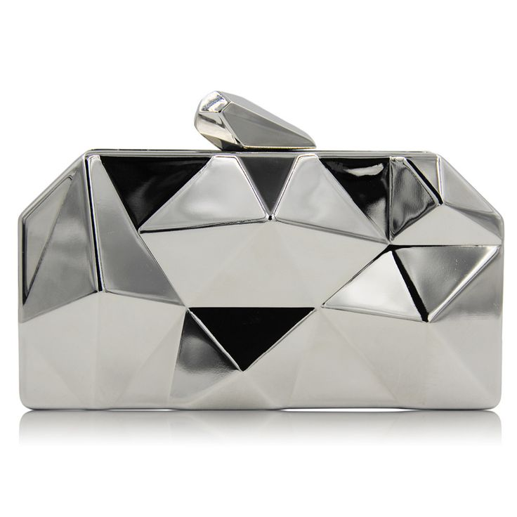 Style:Fashion Main Material:Metallic Gender:Women Handbags Type:Evening Bags Closure Type:Hasp Shape:Minaudiere Pattern Type:Solid Hardness:Soft Lining Material:Satin Interior:Cell Phone Pocket Number of Handles/Straps:Single Occasion:Versatile Exterior:None Decoration:Chains Item:Evening Bag Size:17.5*9.5*3.3cm Weight:0.6Kg Chain:70cm