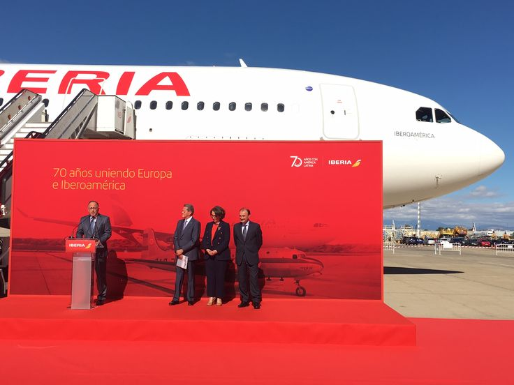 """Rebeca Grynspan, secretaria de la Secretaría General Iberoamericana, presidió el acto de presentación de nuestro A330 """"Iberoamérica"""". #70AniversarioLATAMIberia"""
