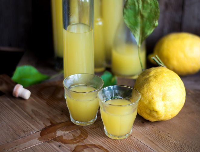 Limoncello - Italienischer Zitronenlikör