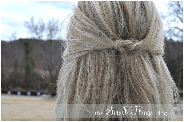 Knotted Half Ponytail