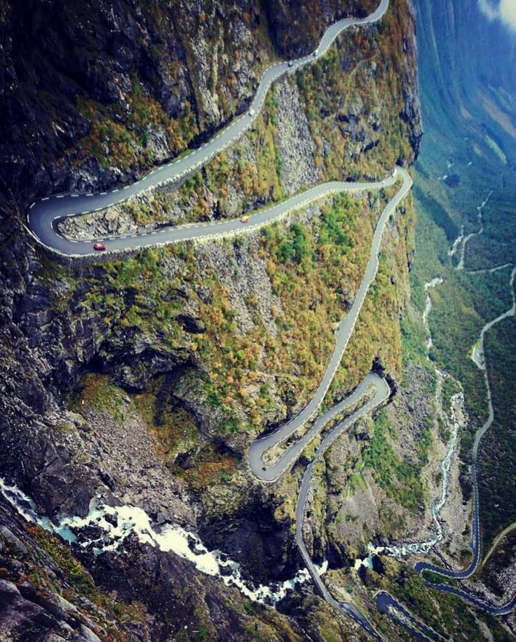 Trollstigen 😍😍😍 4,4% for 18km 9% max 18 switchbacks  Credit: @ciclismoepico