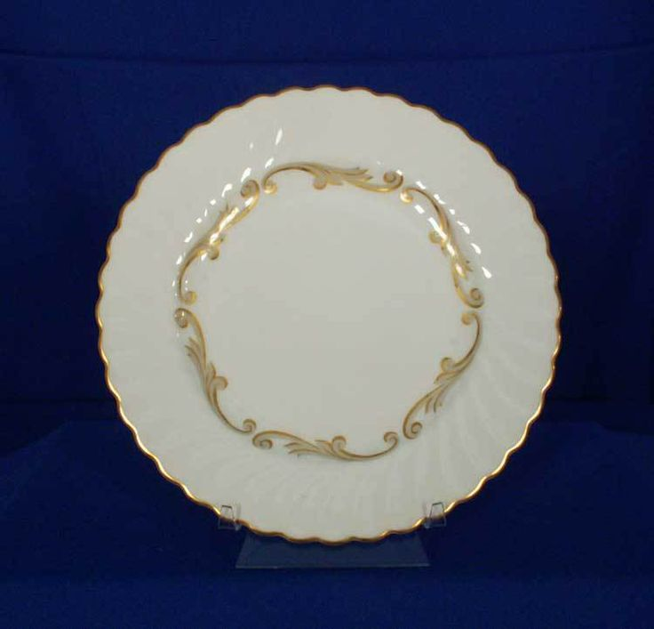 Syracuse USA Old-Ivory Baroque - Gray Pattern Salad Plate bfe2312 #Syracuse