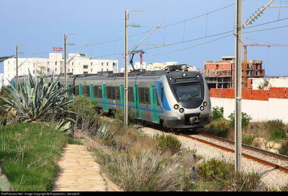 RailPictures.Net Photo: EMU Societé Nationale de Chemins de Fer Tunisiens (SNCFT) unknown at Mahdia, Tunisia by Rupprecht v. Gersdorff: