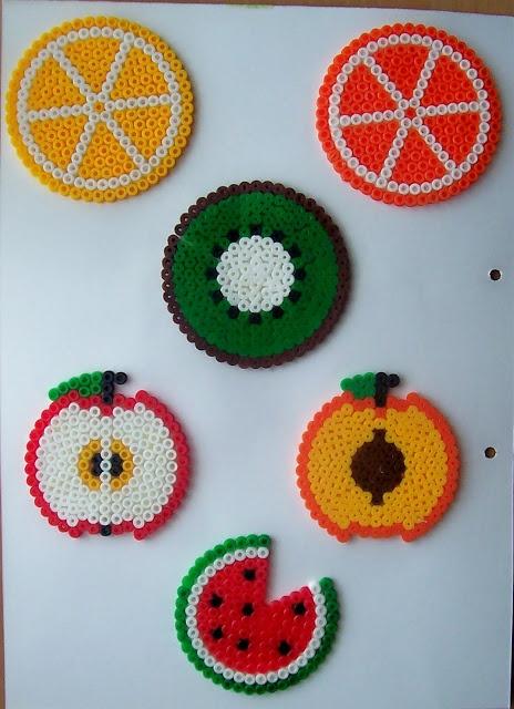 Fruits coasters hama beads by ILUSIONES SCRAP                                                                                                                                                                                 Más